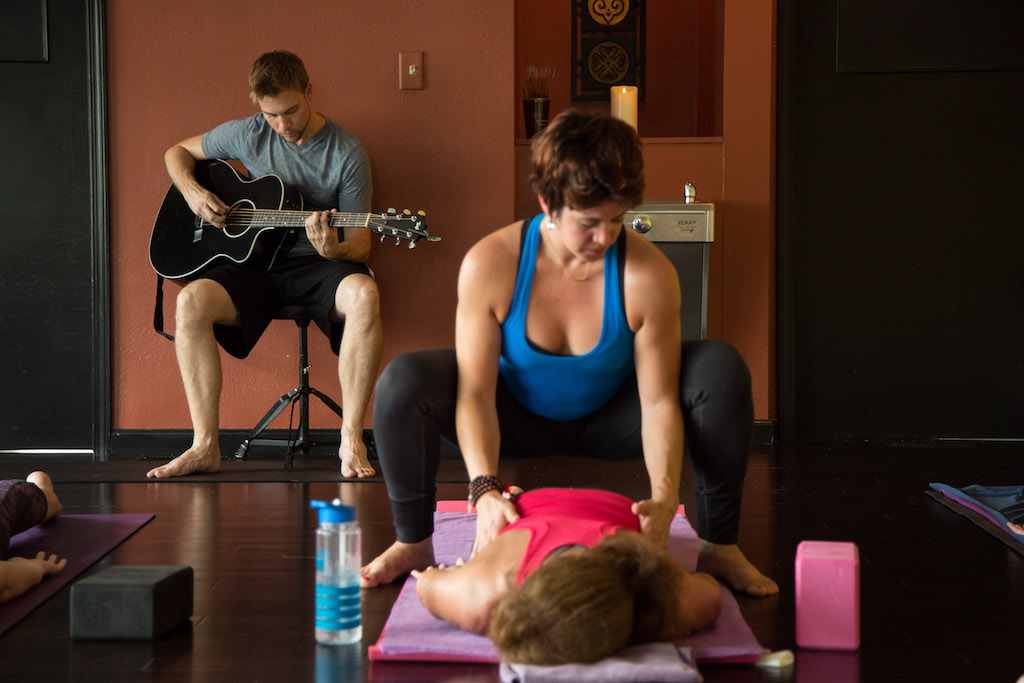 Acoustic Power Flow Yoga at Yoga Innovations in Bethel Park - Pittsburgh.