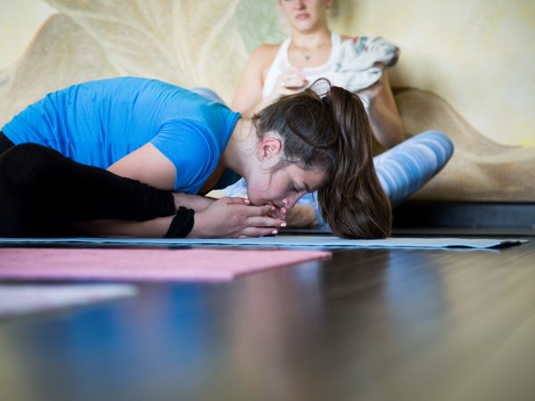 teen-yoga-turtle